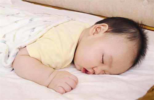 兒科醫生說:比起缺鈣。寶寶缺這個才嚴重。直接影響發育和智力 - 每日頭條