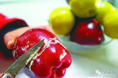 吃水果怎麼洗?這個東西除農殘、果蠟還保鮮 - 每日頭條