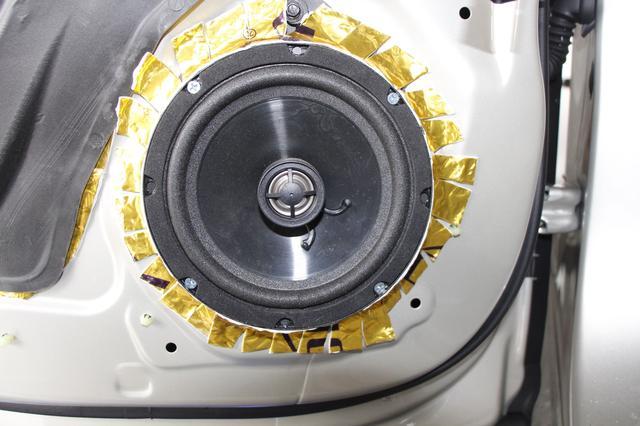 凱迪拉克XTS作為高檔轎車。汽車音響就應該這樣燒 - 每日頭條