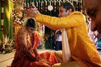 揭秘全球特色婚俗:印度各地婚俗最千奇百怪 - 每日頭條