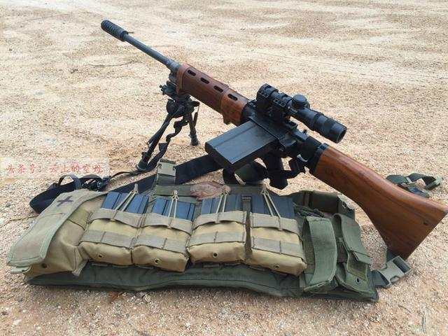 被譽為二戰最前衛武器之一,替代機槍的傘兵步槍 - 每日頭條
