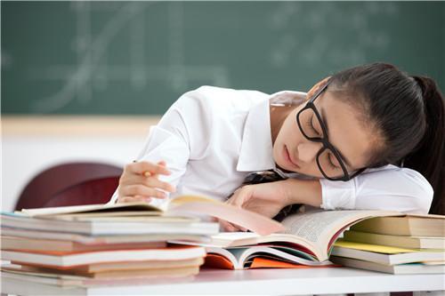 什麼是嗜睡癥,日常預防嗜睡癥應該怎麼做 - 每日頭條