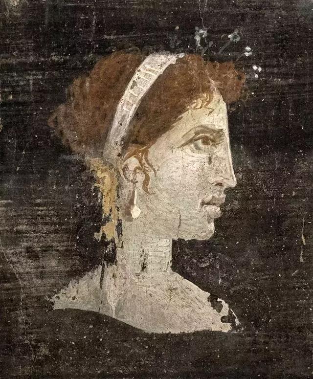 埃及豔后,假若克麗奧佩特拉的鼻子再短一點,可能世介面孔都已改變 - 每日頭條