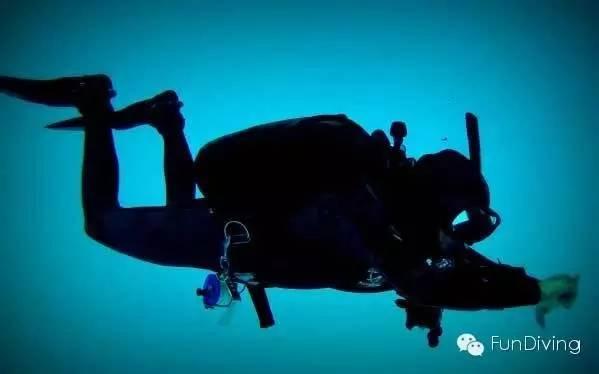 安潛安潛--關於遊動,中性浮力和TRIM - 每日頭條