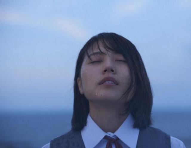 《愛。不由自主》發新片段劇照 坂口告白「村花」 - 每日頭條