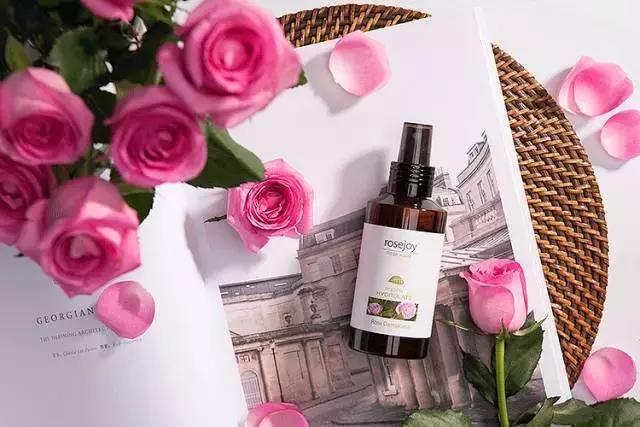 世界第一玫瑰做純露,一瓶可以喝的精華水,解決所有皮膚乾燥問題 - 每日頭條