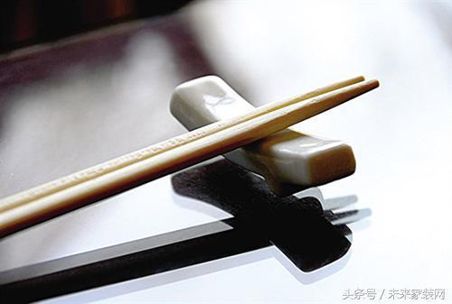 竹筷子 木筷子 不鏽鋼筷子 筷子的種類這麼多,我該怎麼選? - 每日頭條