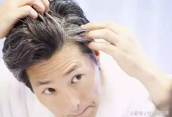 治療脫髮方法看的都吐了,上個絕招,讓頭髮再次變濃密 - 每日頭條