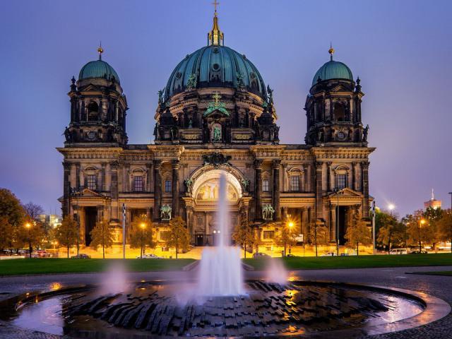 50八卦|柏林:東西方文化在此浴火重生 - 每日頭條