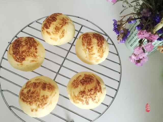 教你在家做香滑軟糯的鹹味土豆麵包,早餐首選哦! - 每日頭條