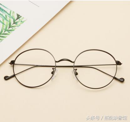 男生眼鏡搭配|怎麼根據自己的風格判斷自己適合什麼眼鏡? - 每日頭條