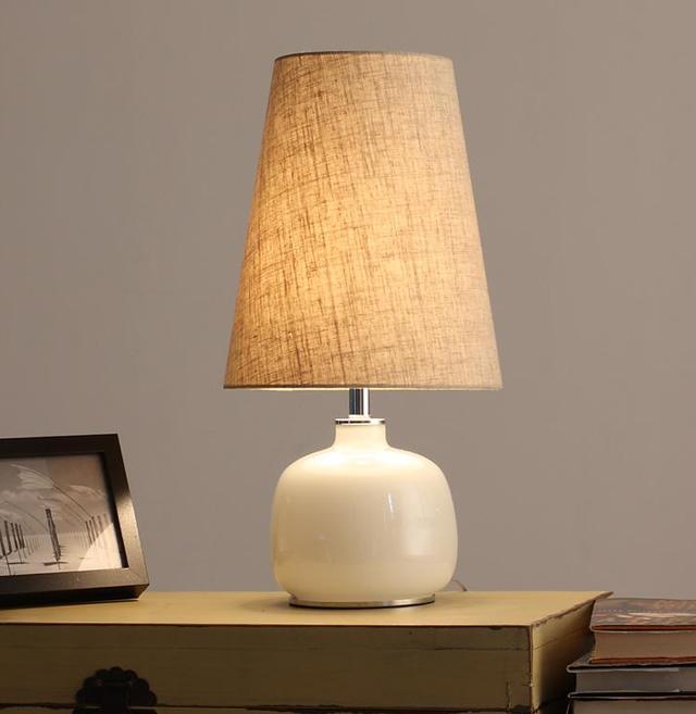 臥室床頭燈安裝位置選哪好 - 每日頭條