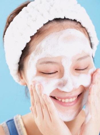 夏季毛孔粗大怎麼辦? 5個訣竅讓肌膚更細緻! - 每日頭條