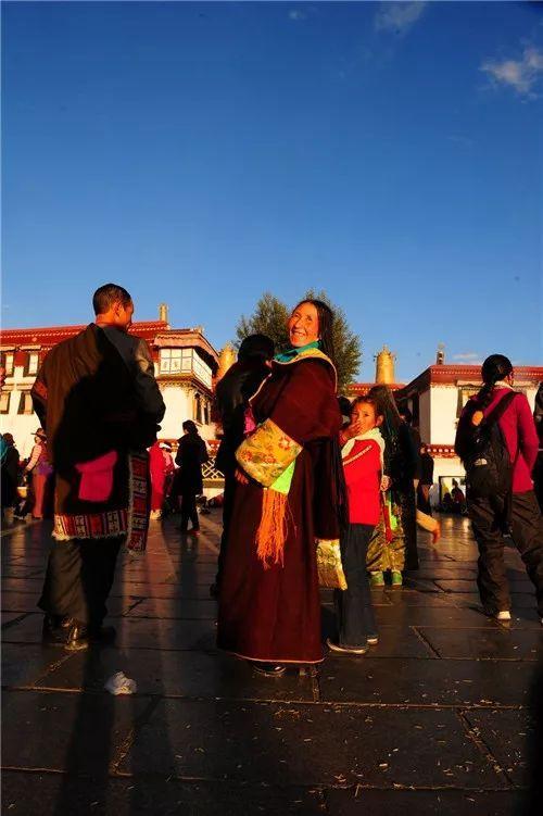 2020年藏曆新年時間出爐,我想我們需要很多的祈願祝福及修法,就在這一天…… - 每日頭條
