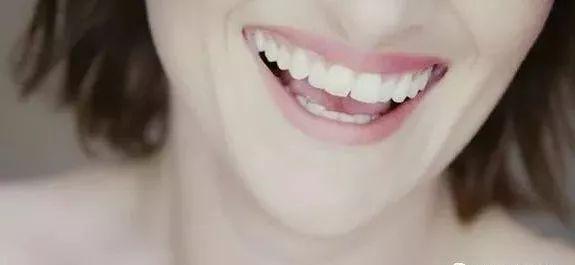 早期發現口腔癌。千萬別忽視5種癥狀 - 每日頭條
