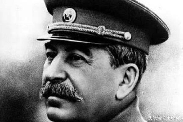 蘇軍開赴波蘭。華沙起義響應。此時史達林一道命令讓波蘭人絕望了 - 每日頭條
