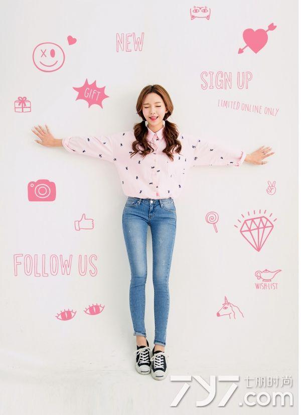 粉色襯衫配什麼顏色褲子 教你穿出清新優雅氣質 - 每日頭條
