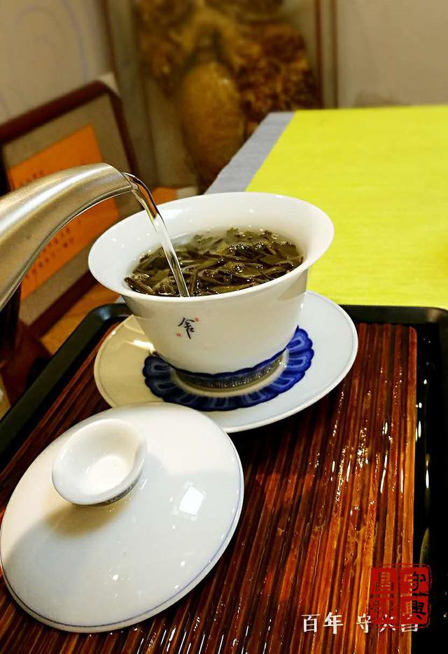 蓋碗泡茶總是燙到手?這些技巧你應該學起來 - 每日頭條