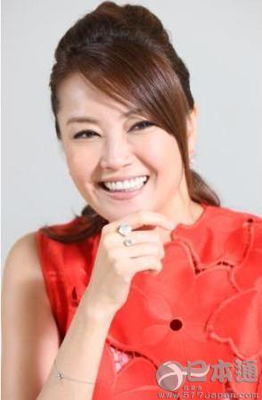 日本女星觀月亞里莎秀「充實」新婚生活 - 每日頭條
