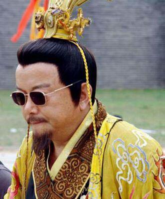 後周皇帝郭威將皇位傳給養子柴榮,絕對是一個明智的決定! - 每日頭條