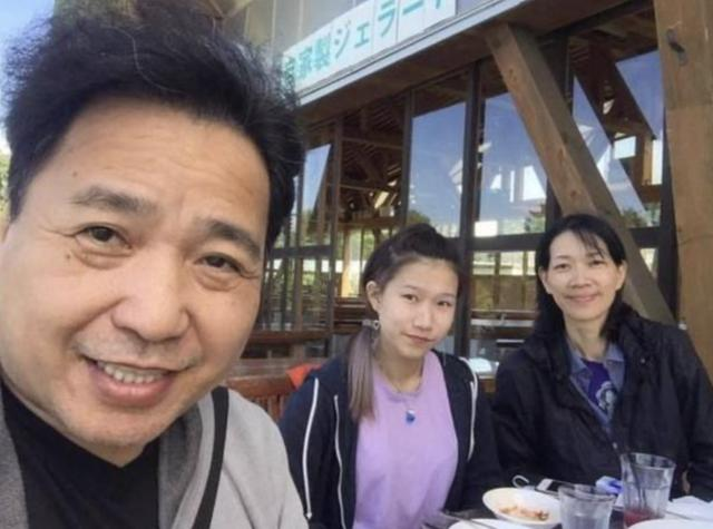 55歲TVB綠葉古明華演四輯《法證先鋒》已完滿,約滿離巢好聚好散 - 每日頭條