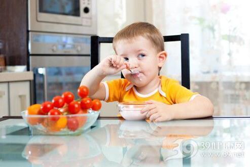 吃得多長得高?孩子吃太飽反而長不高 - 每日頭條