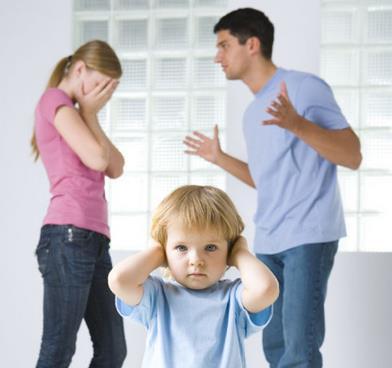 父母離婚對孩子產生多大的負面影響! - 每日頭條