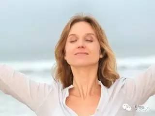 更年期女性如何護膚? - 每日頭條