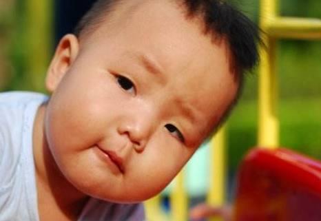 寶寶發燒,可能是幼兒急疹!這些方法快速判斷,淡定應對 - 每日頭條