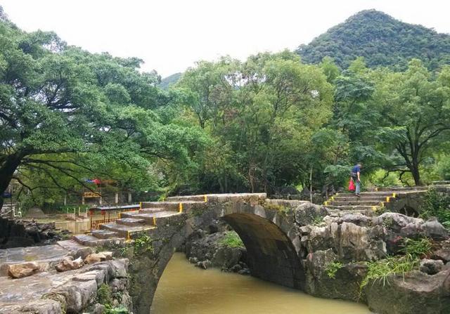 廣西賀州一個縣,和桂林,梧州接壤,擁有黃姚古鎮景區 - 每日頭條
