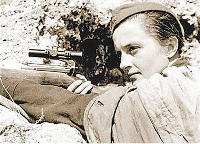 衛國戰爭時蘇軍最強女戰神:8個月時間裡狙殺納粹309人 - 每日頭條