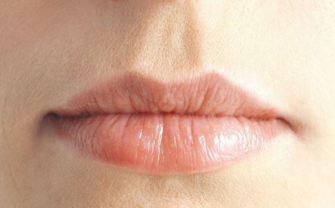 紋唇要避免起泡泡 5點事項要注意 - 每日頭條