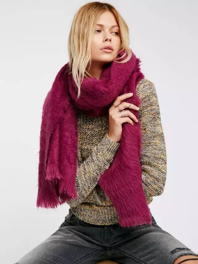 時尚圈「要溫度更要風度」 圍巾的這些時髦用法你都知道麼? - 每日頭條