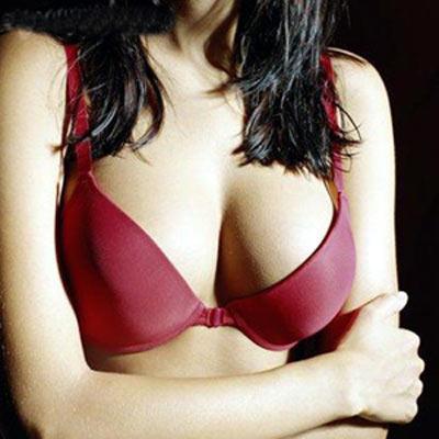 乳房出現七大癥狀。應及時就診莫耽擱 - 每日頭條