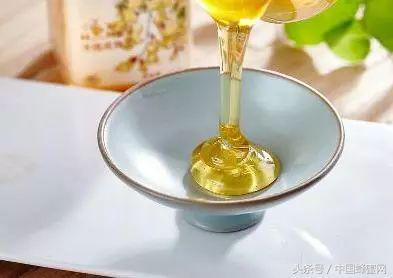 想吃蜂蜜。不知道選擇哪種?想要什麼功效就吃什麼蜜 - 每日頭條