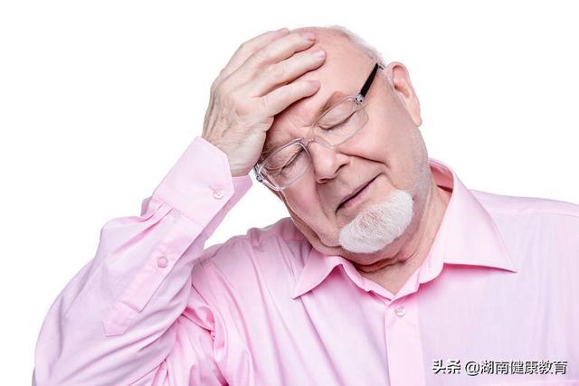 健康科普:誤會大了!頭痛以為高血壓,警惕「腦瘤」在作怪 - 每日頭條