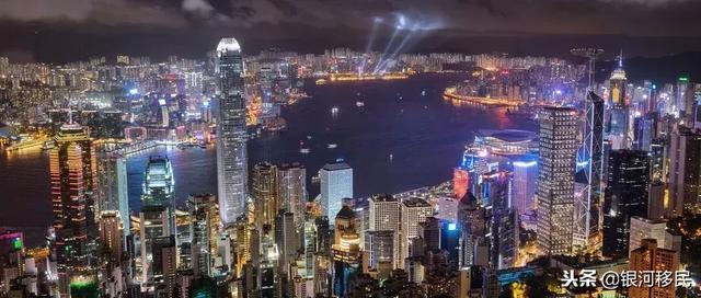 不在香港常住是否能拿永居身份&香港護照? - 每日頭條