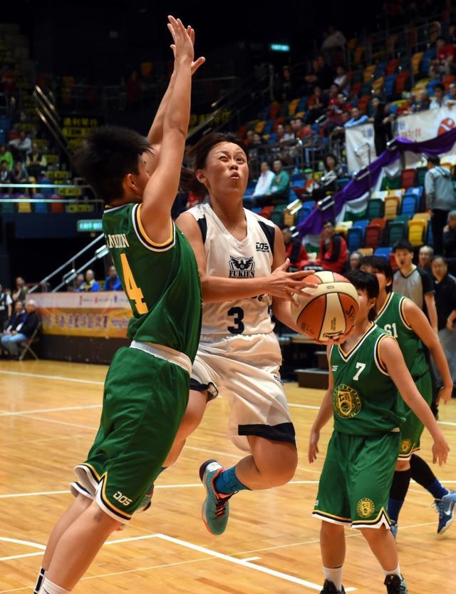 籃球——福建隊獲得香港高級組女子籃球銀牌賽冠軍 - 每日頭條
