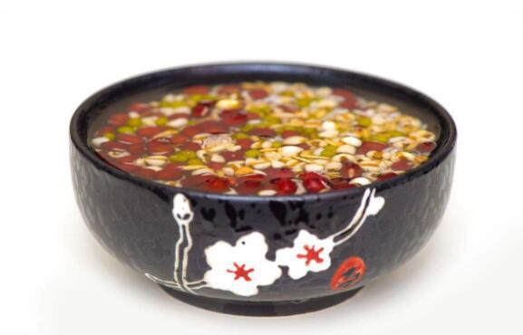 綠豆紅豆薏米可以一起吃麼。對身體有什麼好處。要注意什麼? - 每日頭條