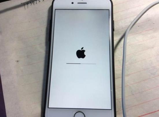 iPhone突然出現白蘋果?別慌!這篇科普教你在家輕鬆修復白蘋果! - 每日頭條