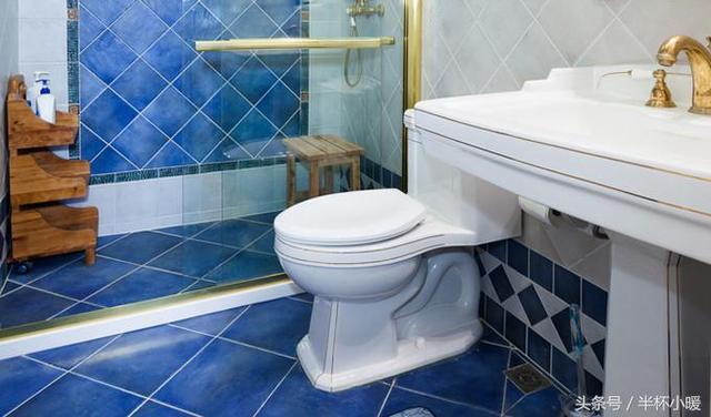 衛生間裝擋水條的四種方案對比優缺點。裝修都要存的經驗 - 每日頭條
