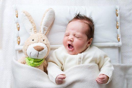 掌握這幾點。就能讓寶寶睡出完美頭型 - 每日頭條