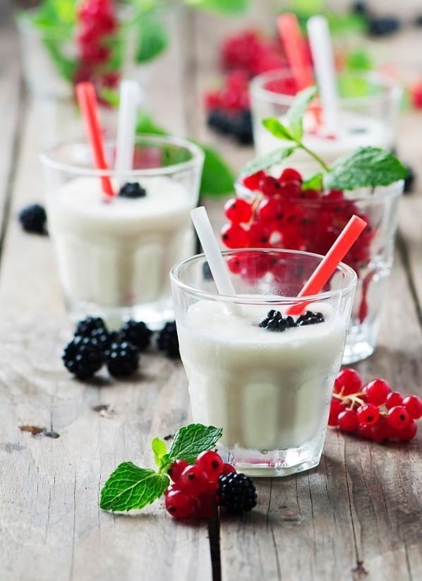 這麼簡單的自製的酸奶。你還要說你不會嗎? - 每日頭條