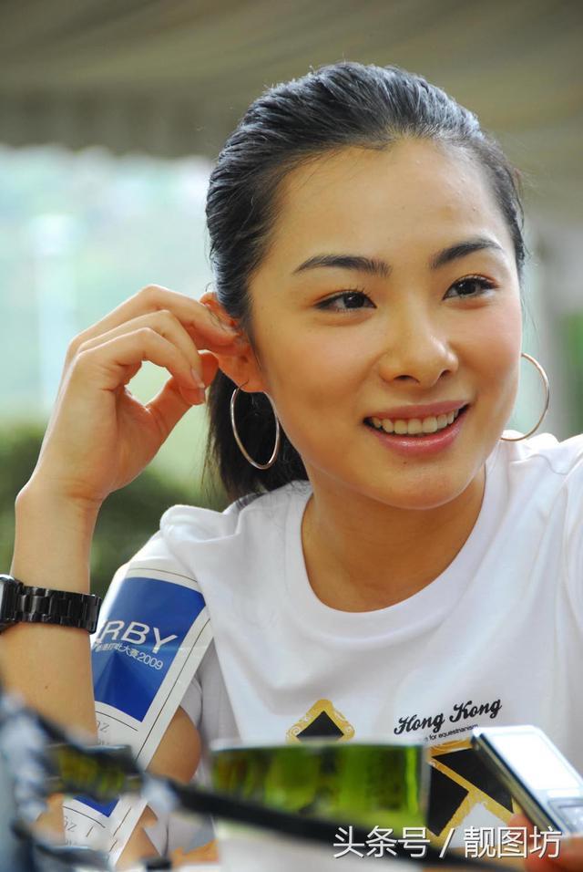 體操冠軍劉璇的照片看的時間長了,就會覺得跟潘曉婷很像! - 每日頭條