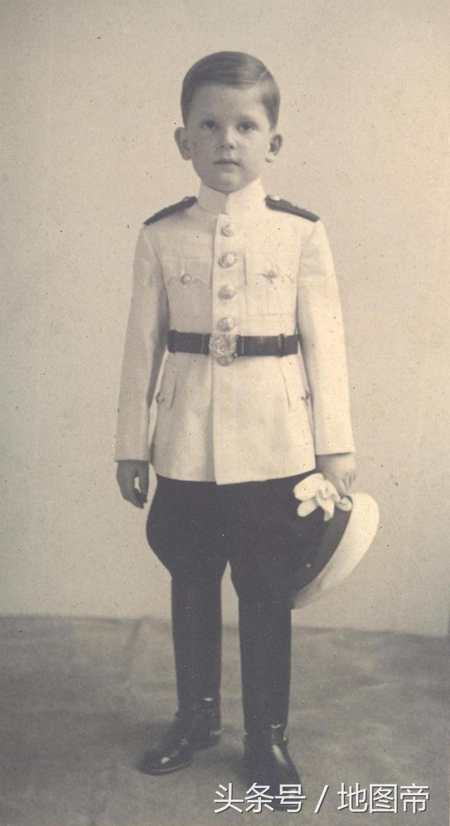保加利亞沙皇流亡57年,回國競選當上總理 - 每日頭條