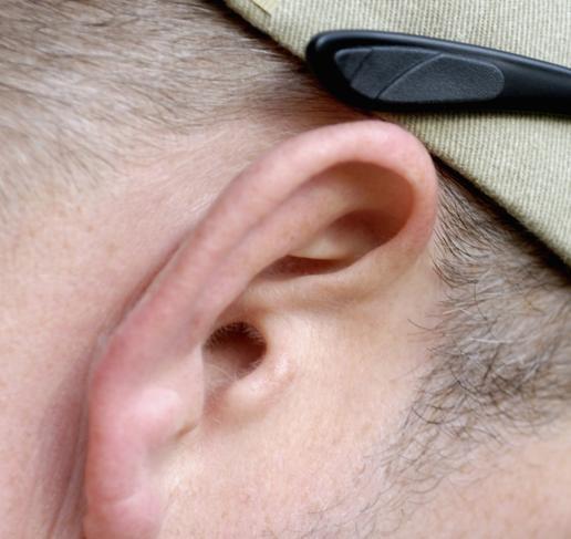 耳朵神經痛怎麼辦呢?可以這樣做 - 每日頭條