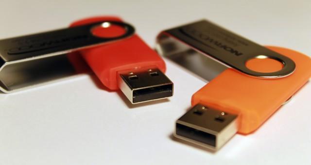 除了被吐槽。MacBook Pro 的 USB Type-C 接口還有過哪些經歷? - 每日頭條