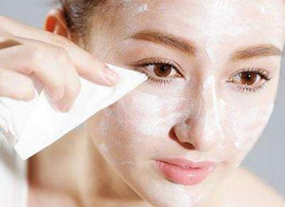 眼妝怎麼卸最乾淨?正確的眼妝卸妝拒絕黑眼圈! - 每日頭條