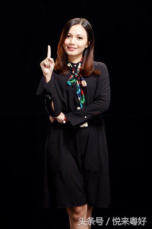 90後的美女老師。美貌才華集一身的Tina 吳燕婷 - 每日頭條