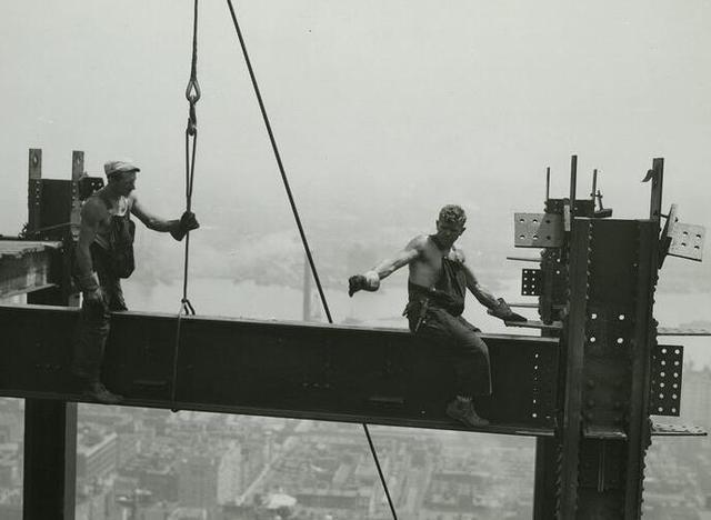 多圖揭秘在工業不發達的年代,摩天大樓是怎麼拔地而起的 - 每日頭條